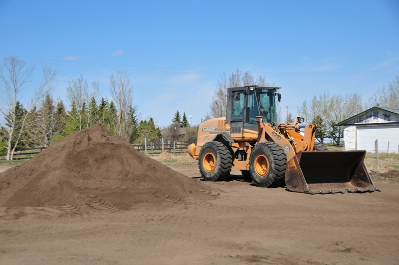 Excavation Lloydminster - Loaders 12