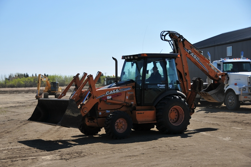 Excavation Lloydminster - Loaders 6