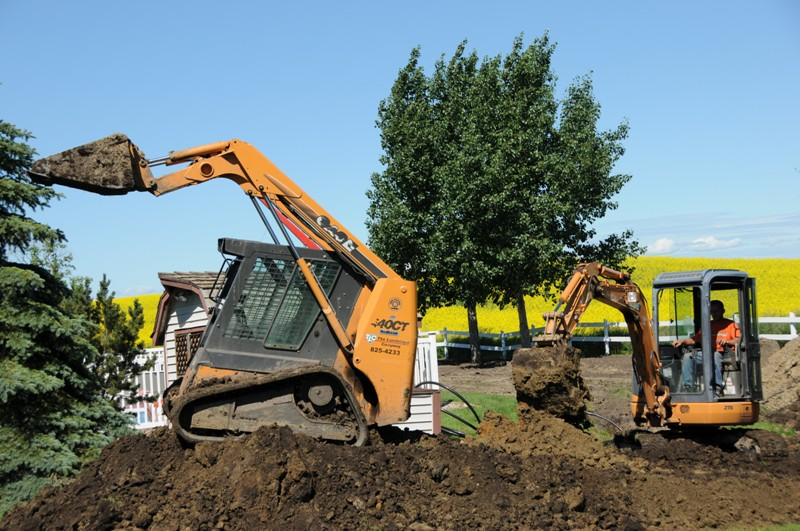 Septic Systems Lloydminster - Skidsteers 8