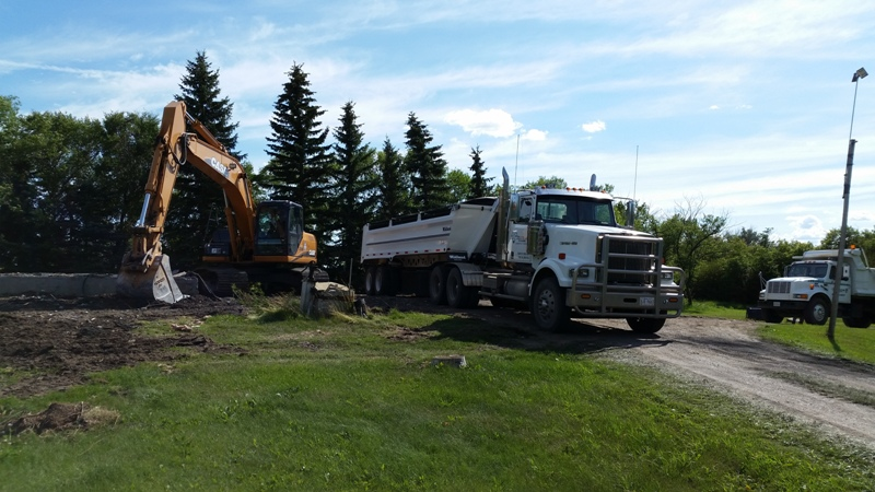 Excavation Lloydminster - Trucks 17